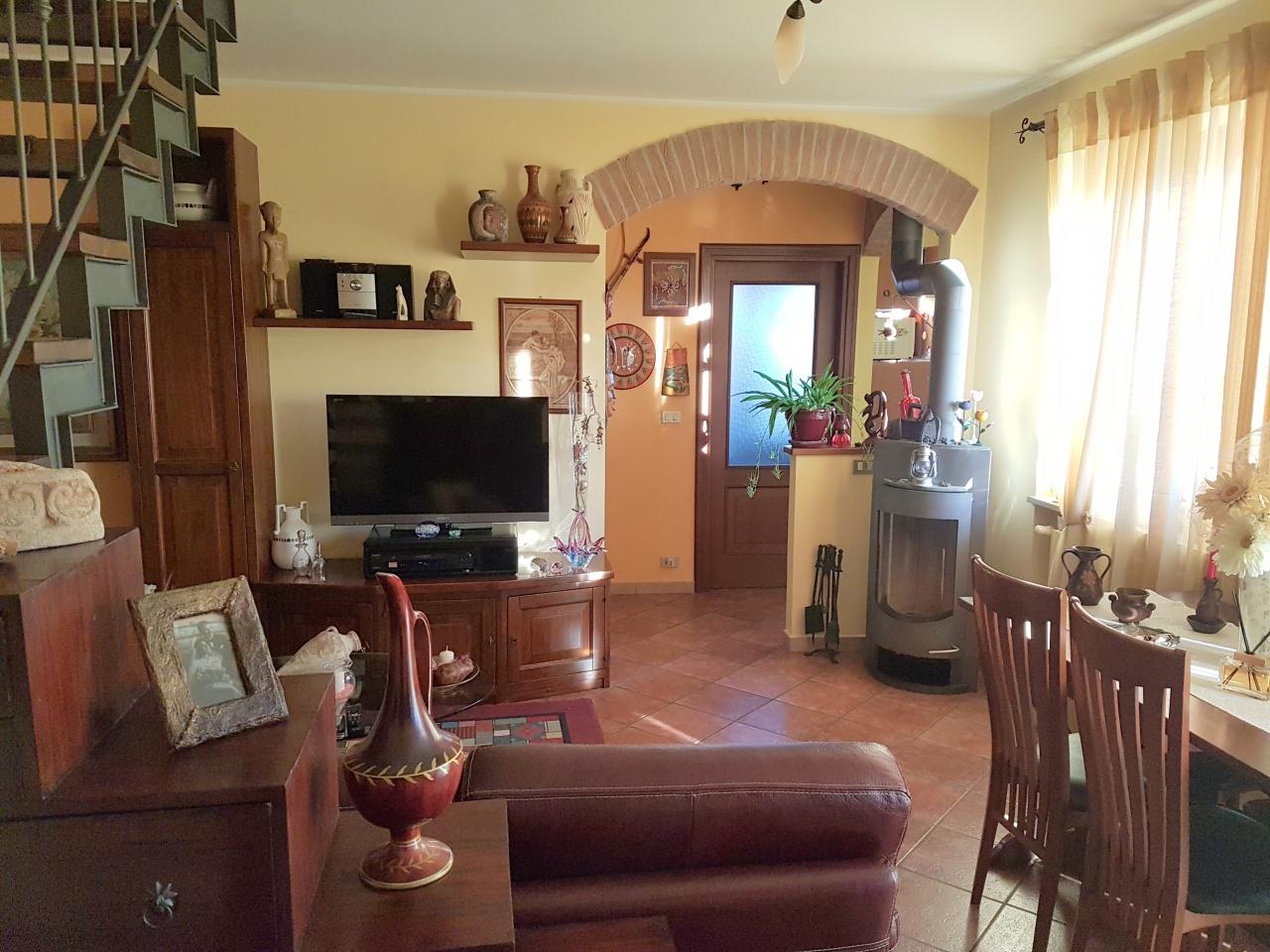 Foto 1 di Quadrilocale VIA ASILO, Casalborgone